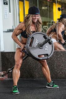 The Competitive Edge - Female Bodybuilding
