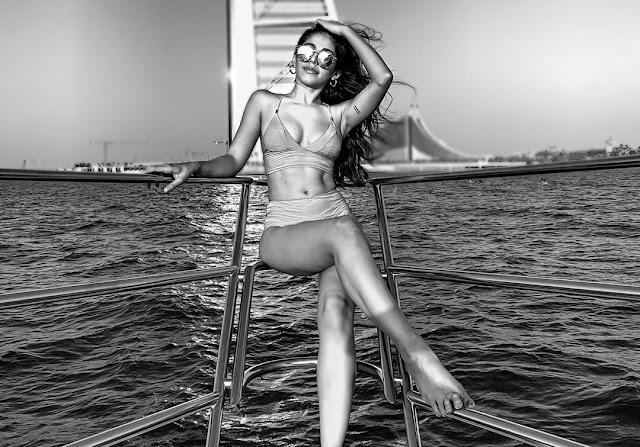 Aalia Furniturewala bikini pics goes viral - newsdezire