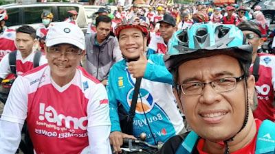 Meriahnya sepeda santai OmG Telkomsel di Tasikmalaya