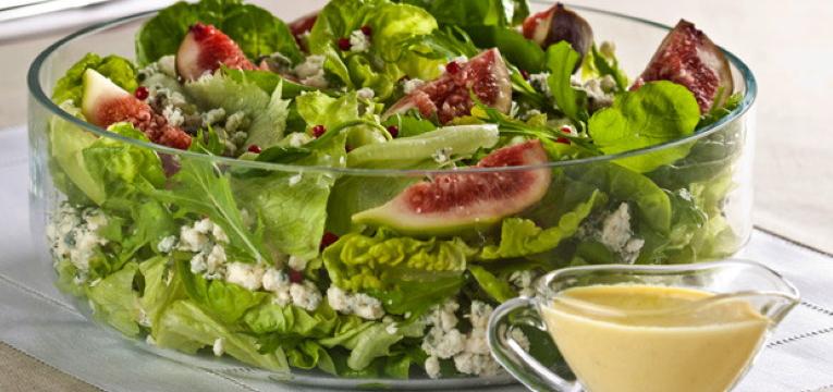 Salada Verde com Figos e Queijos