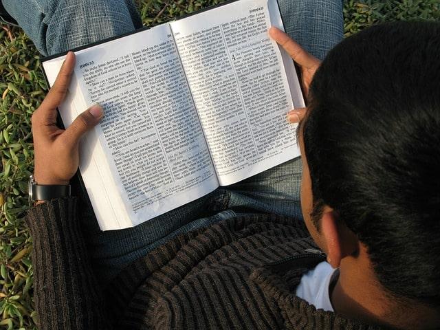 leer-la-biblia-en-forma-cronologica