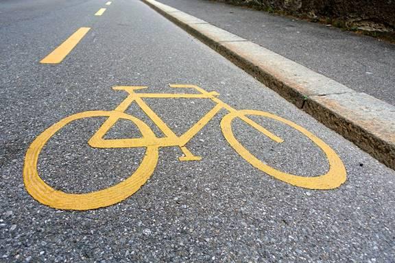 Masih Nekat Sepedaan Tanpa Aturan? Kini Bisa Kena Denda !!!