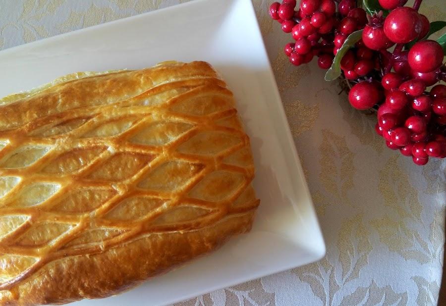 Receta-hojaldre-de-salmon-con-salsa-tartara
