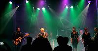 https://musicaengalego.blogspot.com/2018/06/fotos-seso-duran-e-banda-na-sala.html