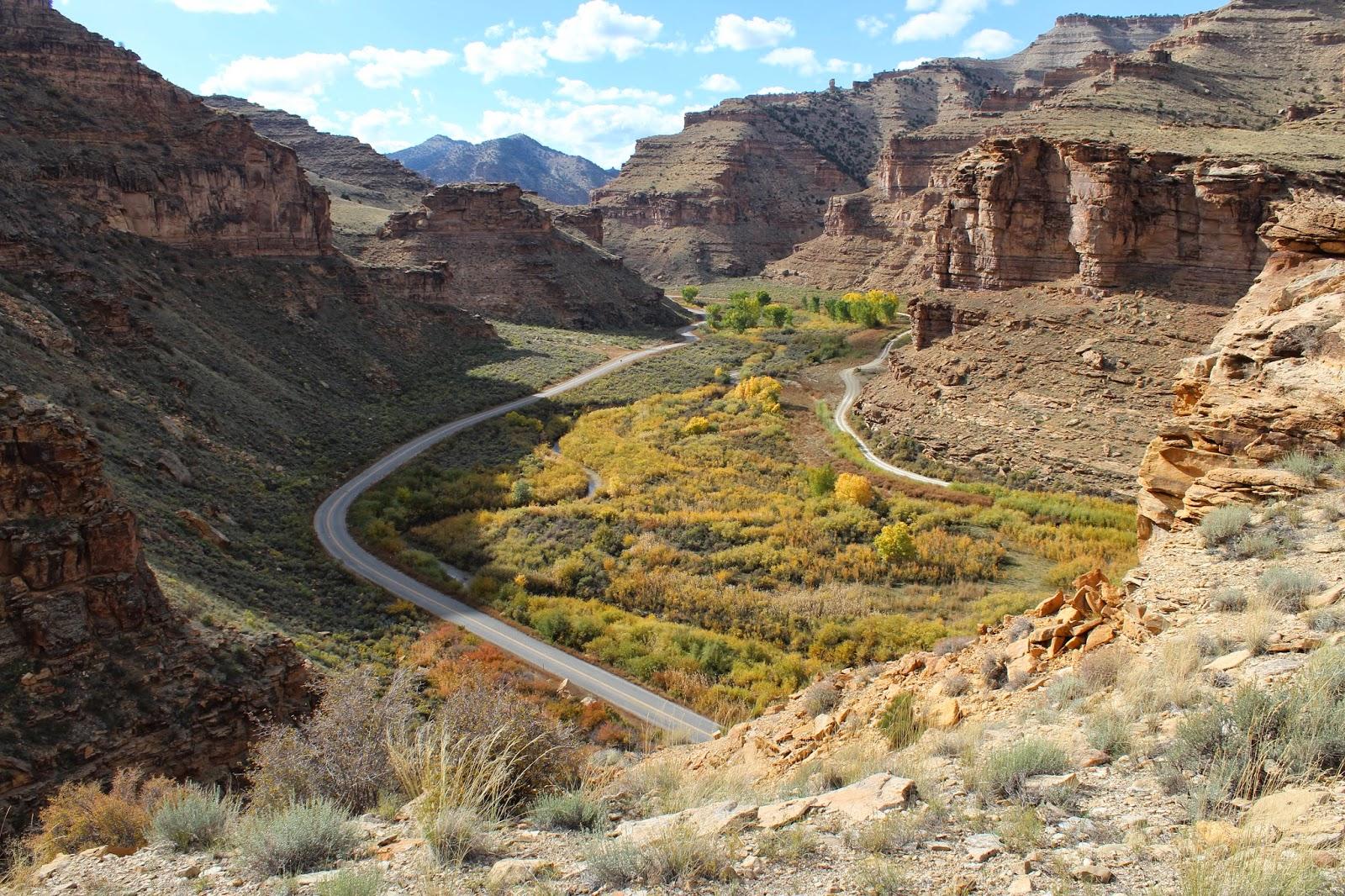 College Of Eastern Utah >> gjhikes.com: 9 Mile Canyon Fremont Village