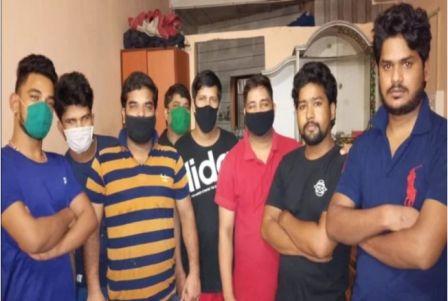 मुंबई में फंसे बागेश्वर के 22 युवक, घर वापसी की लगा रहे गुहार
