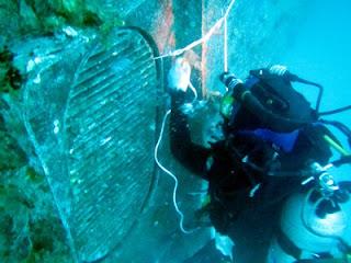 Survei Sea chest kapal
