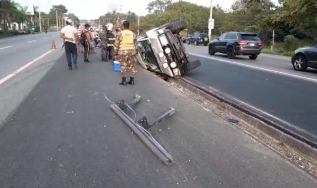 Al menos 10 heridos en accidente autopista 6 de Noviembre