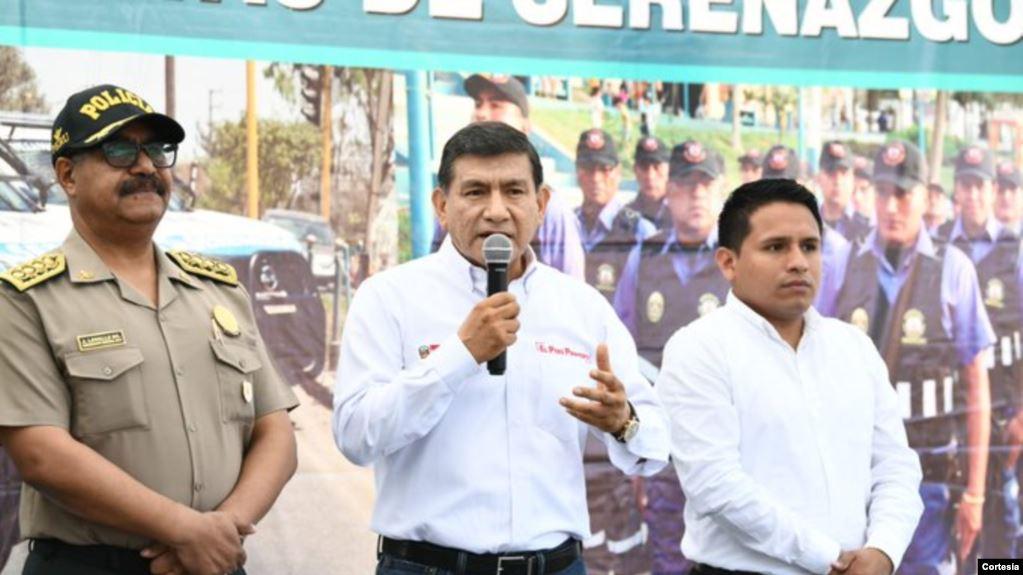 El ministro del Interior de Perú, Carlos Morán, informó del arresto de los ciudadanos venezolanos, entre ellos 80 hombres y 44 mujeres / TWITTER