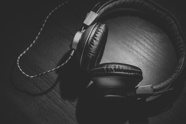 Black and white headphones image