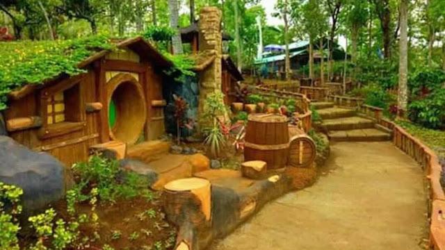 Rumah Hobit di Banyu Mili