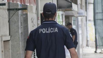 Dois agentes da PSP foram agredidos por um segurança