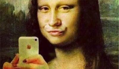 selfies kardashian