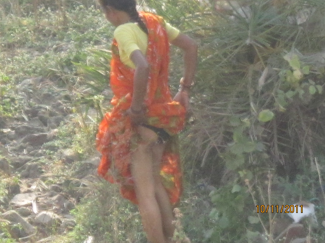 nude village girl pissing