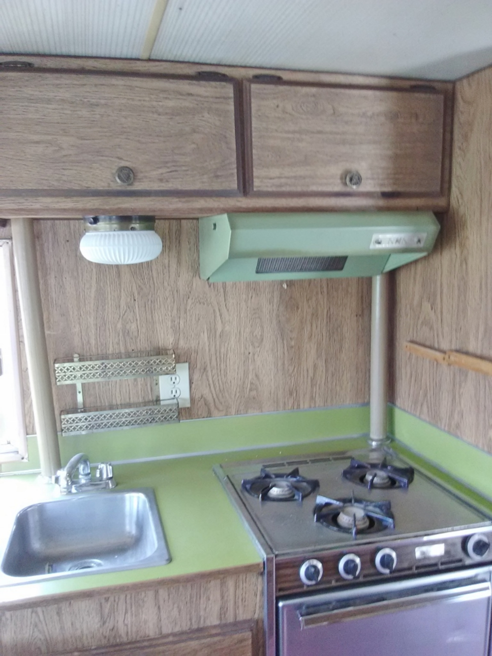 motorhome kitchen