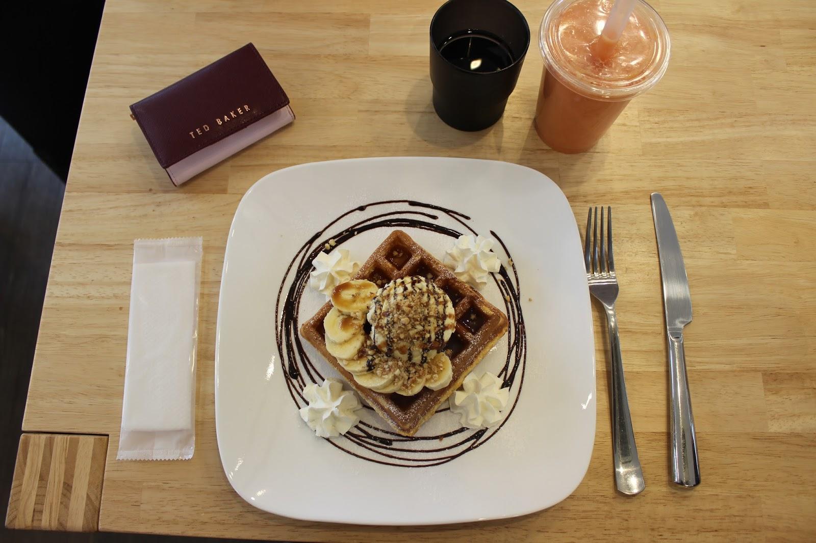 waffles tokyo