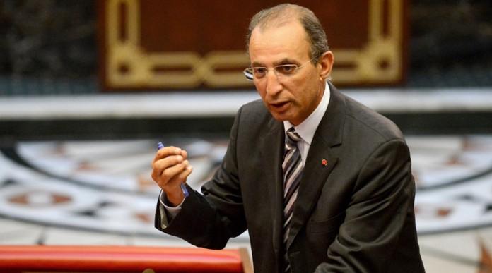 فضيحة.. برلمانيون يتهمون وزراء ورؤساء أحزاب بالحصول على ديبلومات جامعية مزورة
