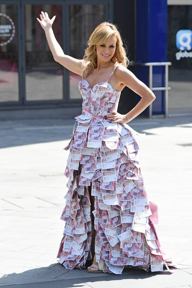 Amanda Holden Outside Heart Studios Celebrates Heart's 'Make Me a Millionaire Competition Winner in London 7 May -2020