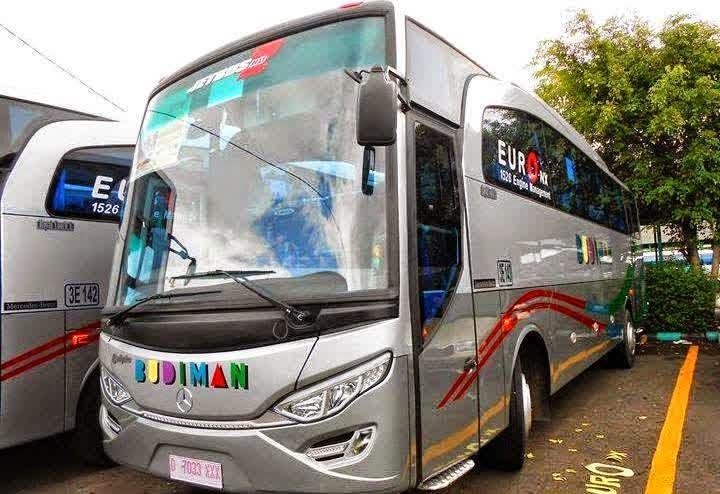Bus ke Pangandaran