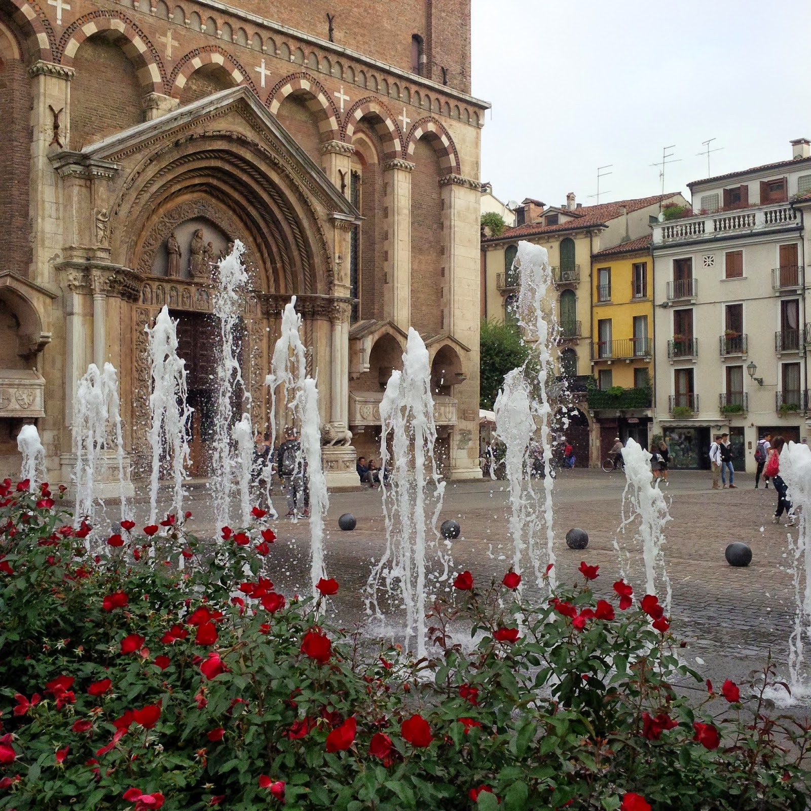 The water feature in front of the church of San Lorenzo in Vicenza