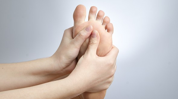 Ways to prevent diabetic foot before it's too late