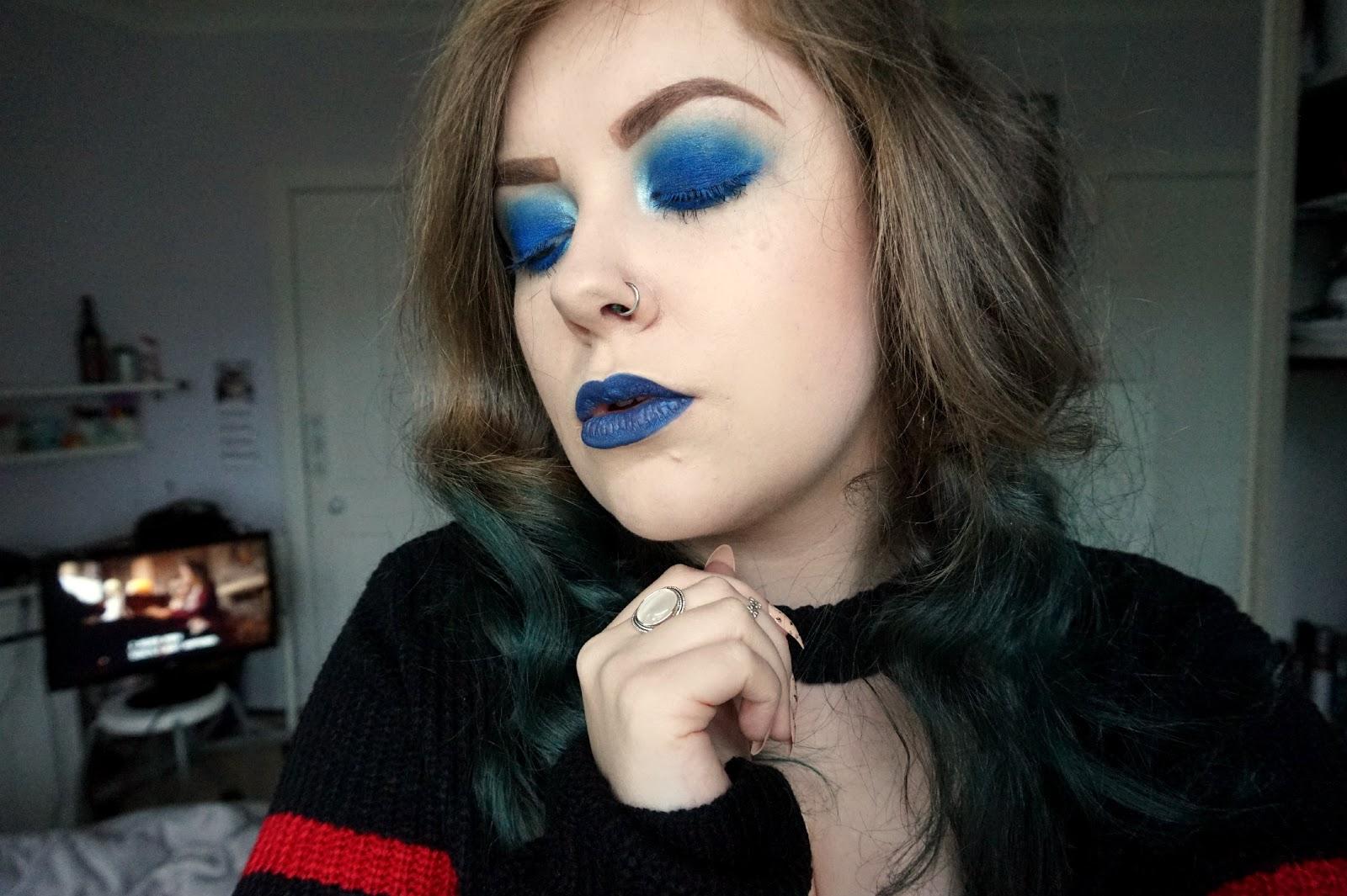 blue make-up, nautical make-up, sugarpill liquid poison shiver, sugarpill velocity eyeshadow, kiko 44 long lasting eyeshadow stick