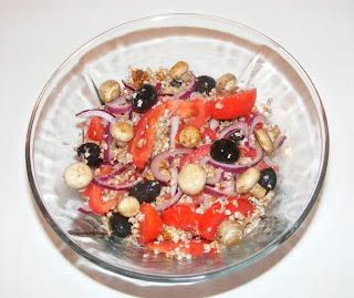 Salata de hrisca raw vegan retete culinare,