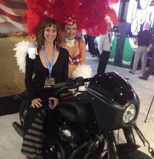 The best Las Vegas Showgirls at Convention