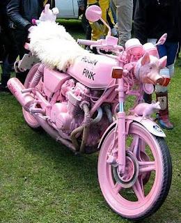 Moto color rosa para mujer
