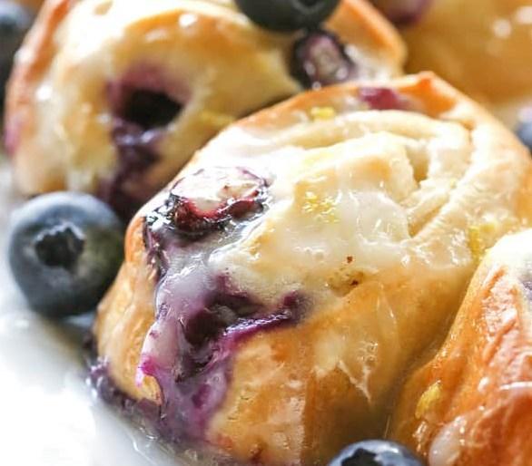 BLUEBERRY LEMON CRESCENT RING #desserts #breakfast