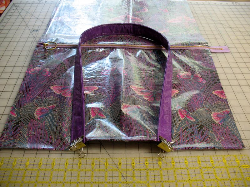 Vinyl Rain Bag Free Tutorial