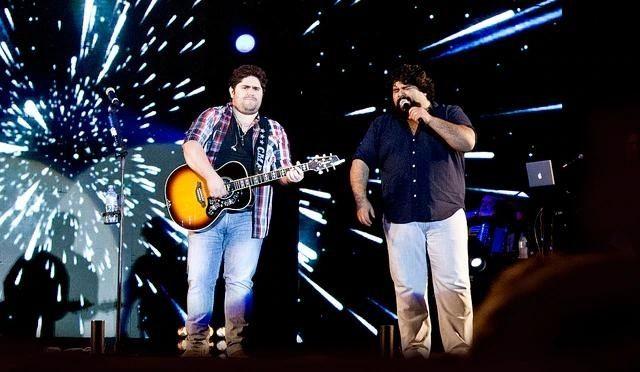 Paranaguá 373 anos: Live Show na véspera do aniversário encerra com os 'Parabéns'