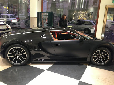 Bugatti Veyron Super Sport from London