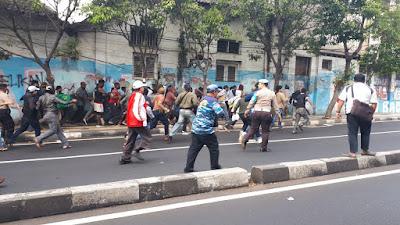 wisata malang; kerusuhan di malang; demo mahasiswa papua; aremania
