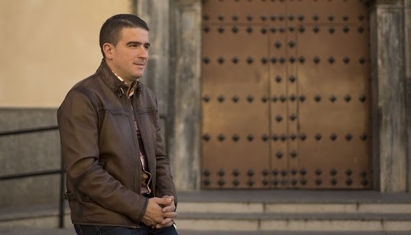 Manuel Diaz es el presentador del cartel oficial de la Semana Santa de Motril 2019