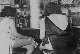 sinonimos de comenzo historias de prostitutas