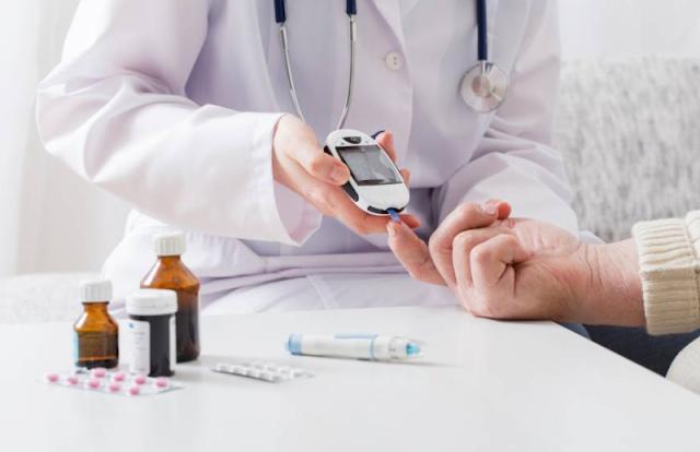 Diabetes: Nova solução de Inteligência Artificial apoia a tomada de decisão dos médicos na prescrição de medicamentos