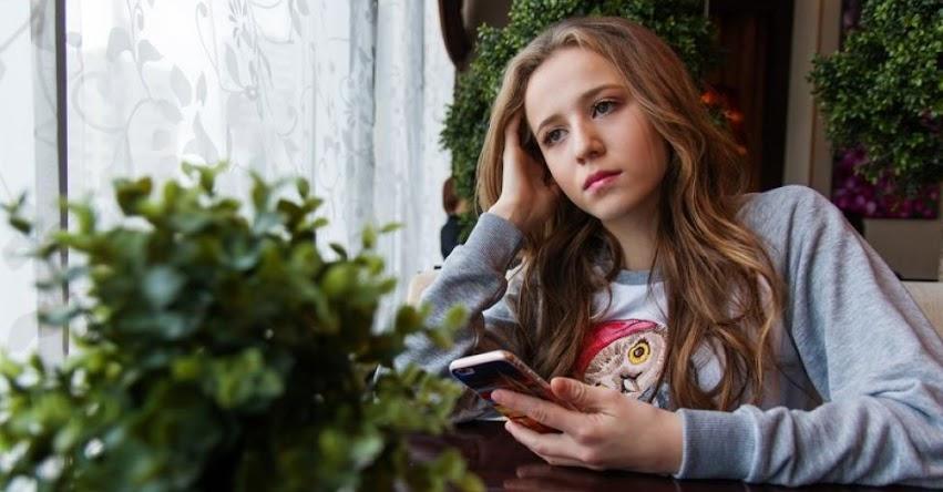 Adolescentes corren riesgo de padecer depresión a causa de las redes sociales, según prestigiosa revista EClinicalMedicine