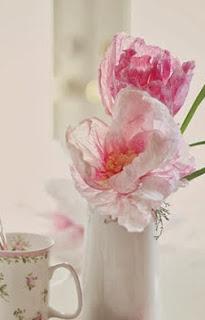 http://charhadas.com/ideas/35659-unas-flores-que-nunca-se-marchitan?category_id=558-manualidades-para-ninos