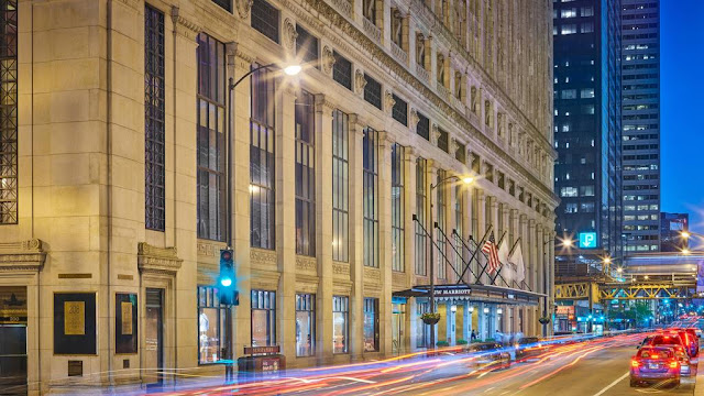 Make your reservations at the JW Marriott Chicago for a memorable stay in this historic downtown hotel with modern accommodations and luxury amenities.