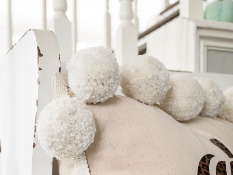 How to Make a Pom Pom Pillow