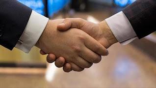كتابة موضوع تعبير عن التعاون واهميته
