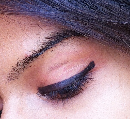 Maybelline Eyestudio Lasting Drama Gel Eyeliner 01 Black(New 36 HR Formula) Review, Pictures & Swatches