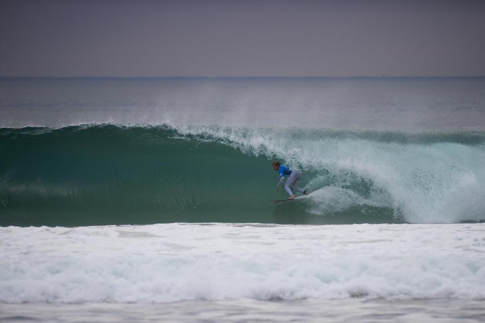 17 Kolohe Andino Moche Rip Curl Portugal 2015 Foto WSL Poullenot Aquashot