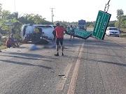 Urgente: Após desviar de buracos, caminhonete bate em placa e deixa dois mortos em Barreirinhas.