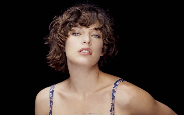 Milla Jovovich HD desktop wallpaper
