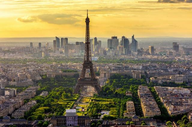 Paris. França