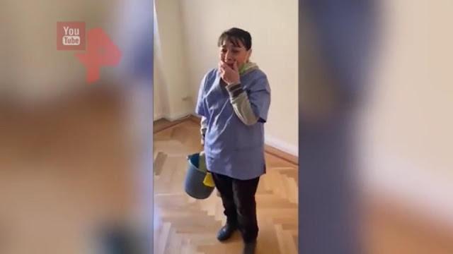 Уборщице, которая 20 лет мыла полы, вручили ключи от пентхауса