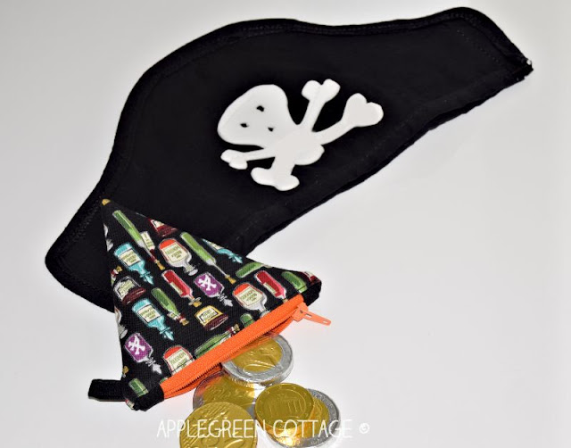 pirate pouch and diy pirate hat