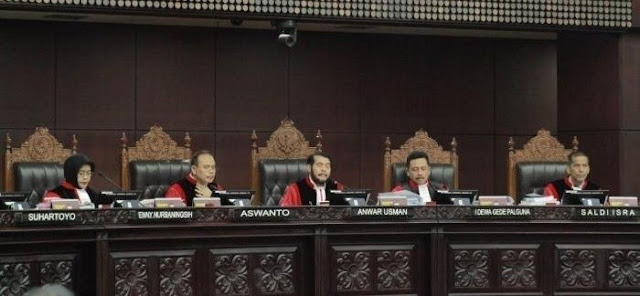Hakim MK Beri Waktu Kubu Jokowi dan KPU Perbaiki Jawaban Gugatan Tim Prabowo